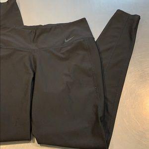 Nike active leggings